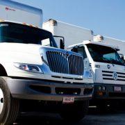 UbiTec Historia del monitoreo GPS en las flotillas rastreo GPS Trailers Camiones Transporte Blanco