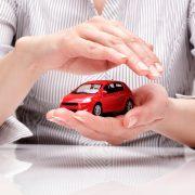 Ubitec Utiliza el monitoreo GPS para proteger tu inversion y tus activos auto rojo