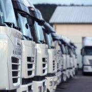 flota de carros - Automatizar el mantenimiento a través del seguimiento GPS - flotilla